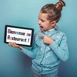 Comment utiliser la technologie pour améliorer l'accueil des enfants au restaurant ?