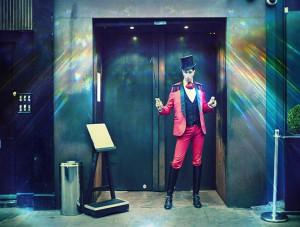 circus-restaurant-crazy
