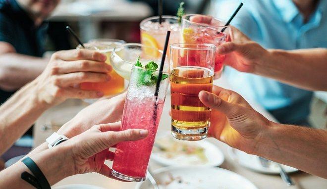 Apéritifs dînatoires ou happy hours : cocktails et bière superstars