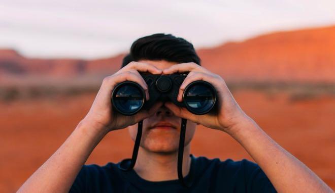 4 outils pour veiller sur votre restaurant et garder un oeil sur vos concurrents