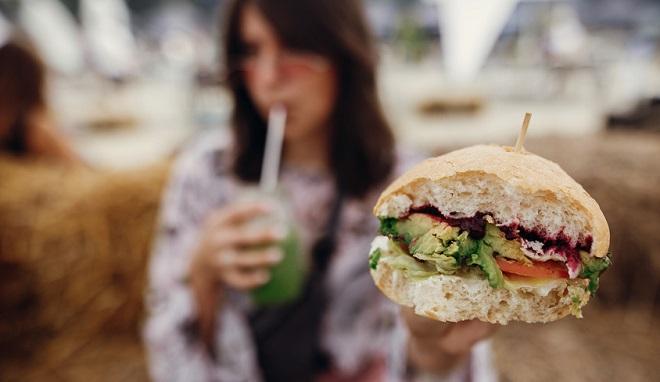 Les Français mordus de snacking : une opportunité à exploiter !